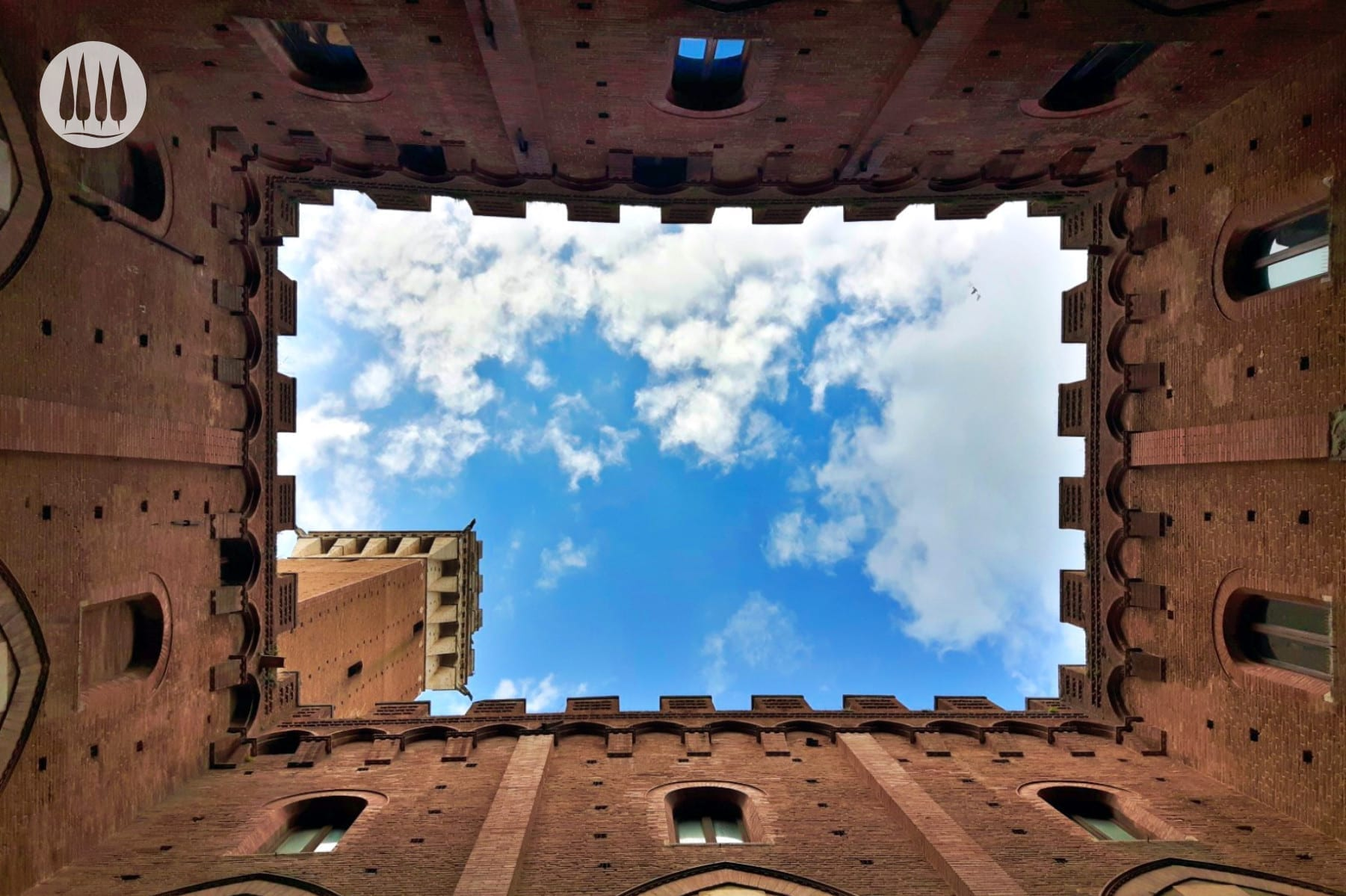 Innenhof des Rathauses /Siena
